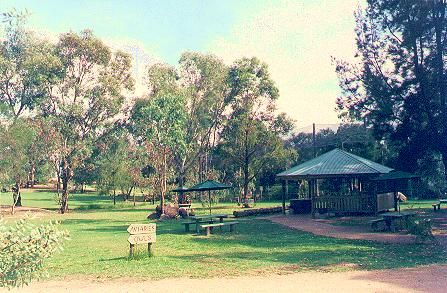 Albury Wodonga a wonderful spot for family holidays. http://www.ozehols.com.au/blog/new-south-wales/albury-wodonga-offers-something-for-everyone-on-holiday/ #albury #wodonga #alburywodonga