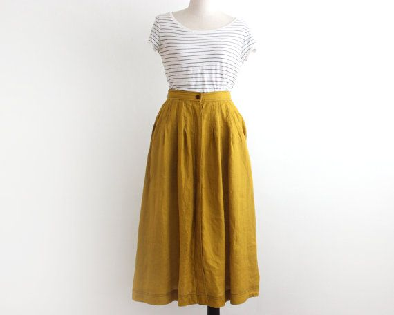 vintage flared skirt/ 70s midi skirt/ ocher full skirt with pockets/ button up linen skirt size small