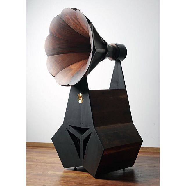 System Small || Wheel-Fi  This sound system uses a midrange horn as a centrepiece, which covers six of the ten octaves that we can hear. The designer is located in Catskill, New York and has also made a lovely record player console table.  #design  #productdesign #interior #interiordesign  #creative  #ideas #art #furniture  #furnituredesign  #modern #home #homedesign  #customdesign #luxury  #industrial #industrialdesign #decor  #mydesign  #love #fashion #instadaily  #style  #life…