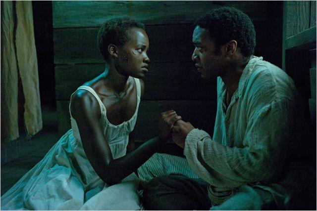 Eu levei um bom tempo pra pensar sobre o que escrever sobre 12 Anos de Escravidão. Um filme que é capaz de provocar uma emoção tão forte – não importando qual seja ela – também é capaz de nos deixar sem palavras. E foi exatamente assim que fiquei logo que terminei de ver o filme.Read More