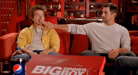 Aaron Rodgers in Pizza Hut commercial