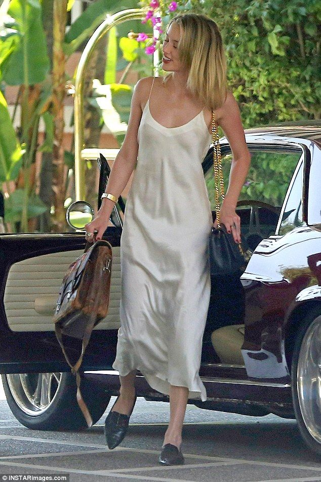 Amber Heard Spotted After Reports She Defecated In Johnny Depp S Bed Amber Heard Style Slip Dress Outfit Amber Heard
