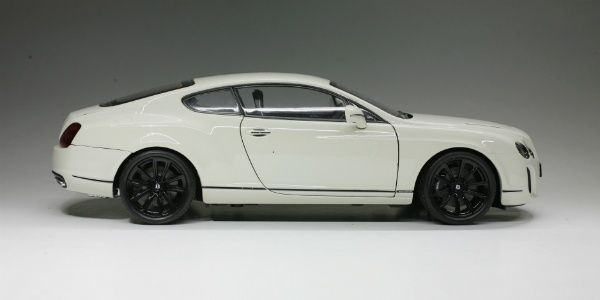 1:18 2009 Bentley Continental Supersports: Model Review