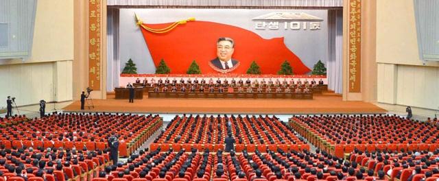 Corea del Norte celebra el aniversario de su fundador, Kim Il-sung, en medio de la tensión