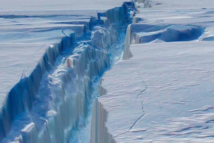 Thank you NASA for sharing this picture of an ice shelf tearing off.