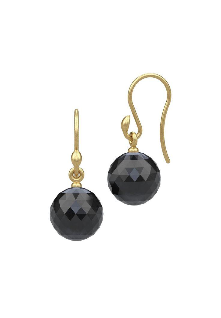 Stort udvalg af øreringe fra Pieces & Julie Sandlau. Her et par øreringe (PSJOO earrings) til 299,95 kr.