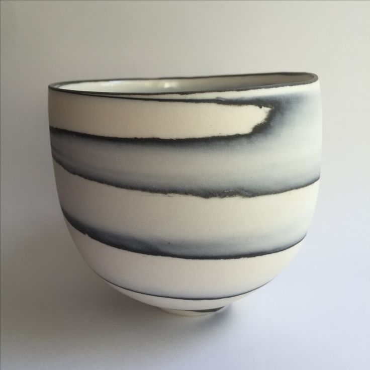 Thrown porcelain agateware