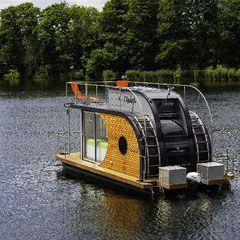 Die Seele baumeln lassen auf dem Wasser? Dann buche jetzt deine Bootsferien am Werlsee bei Berlin. 4 Hausboote für max. 4 Personen und Führerschein frei.
