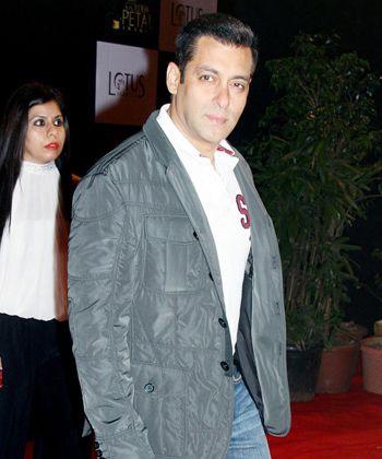 Salman Khan shot by Indo-Tibetan Border Police!