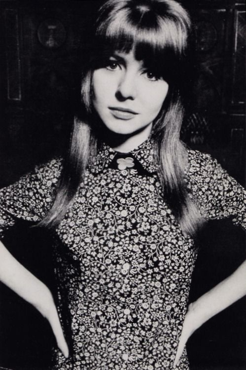 Jane Asher wearing a Liberty print dress by Foale and Tuffin for Vogue, 1964. Photo by David Bailey. The Swinging Sixties