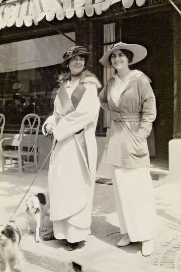 1913 - 2013 Hundred years of Chanel / Harper's BAZAAR
