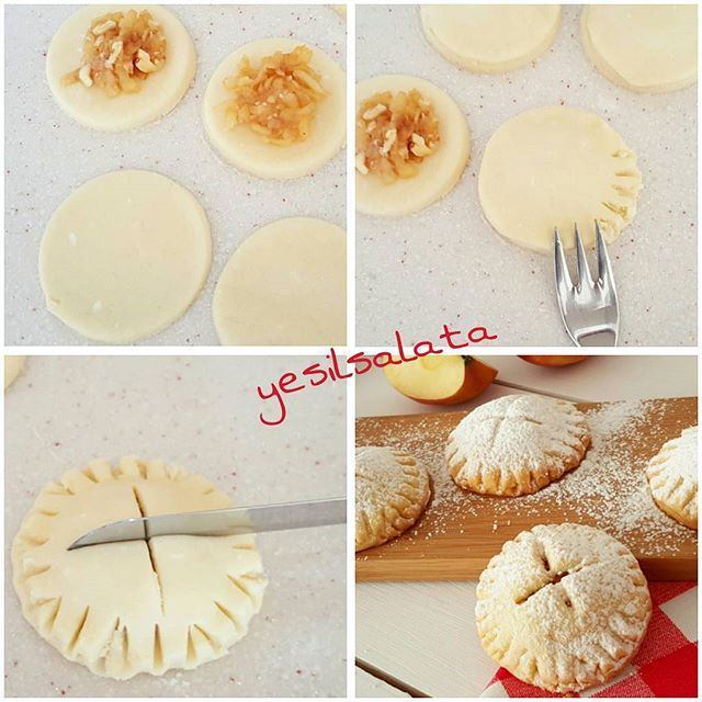 Elmalı kurabiye hamurunu bir kaç parçaya bölüp değişik şekiller yapabilirsiniz. ..  ELMALI KURABİYE  1 adet yumurta 250 gr tereyağı (oda sıcaklığında) Yarım su bardaği siviyagi 1 su bardağı pudra şekeri 1 paket kabartma tozu 1 paket vanilya Un (yaklaşık 5 su bardağına yakin) İçi Malzemesi  3 adet orta boy elma 1 yemek kaşığı tarçın 3 yemek kaşığı şeker 3 yemek kaşığı ceviz (yada findik) Üzeri için: Pudra şekeri  YAPILIŞI ; Elmayı  soyup , rendeleyin. Teflon tavaya alarak üzerine şeker...