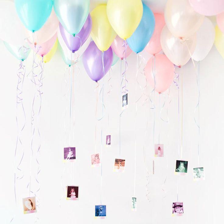 """<p>Suspendez des photos à vos ballons pour une <a href=""""http://studiodiy.com/2015/09/24/fallin-for-baby-shower-diy-watercolor-balloons/"""" target=""""_blank"""">décoration amusante</a> !<..."""
