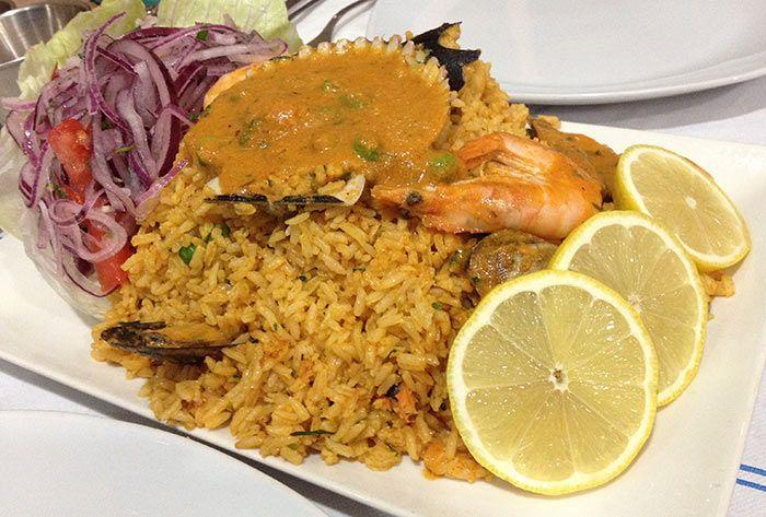 40 platos peruanos que deberías probar antes de morir http://www.comedera.com/40-platos-peruanos-que-deberias-probar-antes-de-morir/