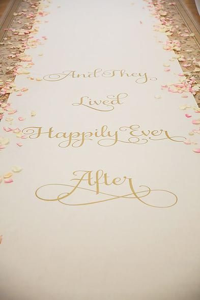 Ahrens Designs | Behind every fairytale Wedding is a Fairy God-Coordinator