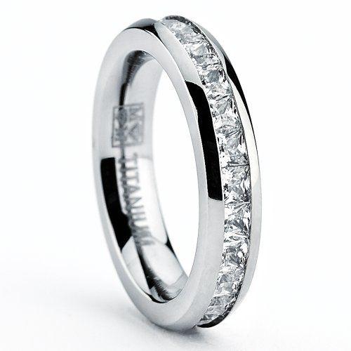 Ultimate Metals® 3MM Fede Nuziale in titanio da donna - Anello in Titanio con pietra di zirconio taglio principessa Ultimate Metals Co. http://www.amazon.it/dp/B00FKALGZ8/ref=cm_sw_r_pi_dp_nwbaxb0QKBE1M