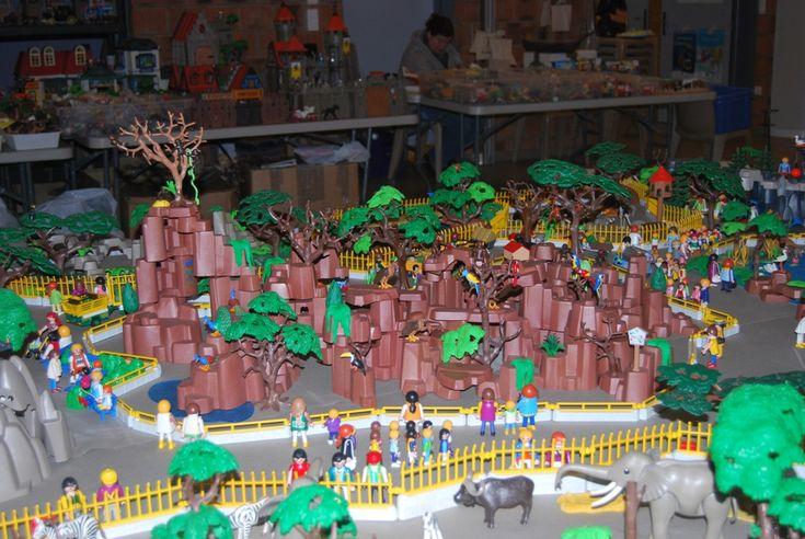 Playmobil Zoo Diorama
