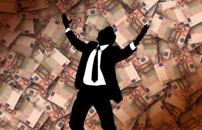 Por Marcelo Anache Diante da impossibilidade brasileira de liderar revoluções tecnológicas e,  ao mesmo tempo, indisponibilidade de uma moeda conversível internacionalmente, o país é levado a
