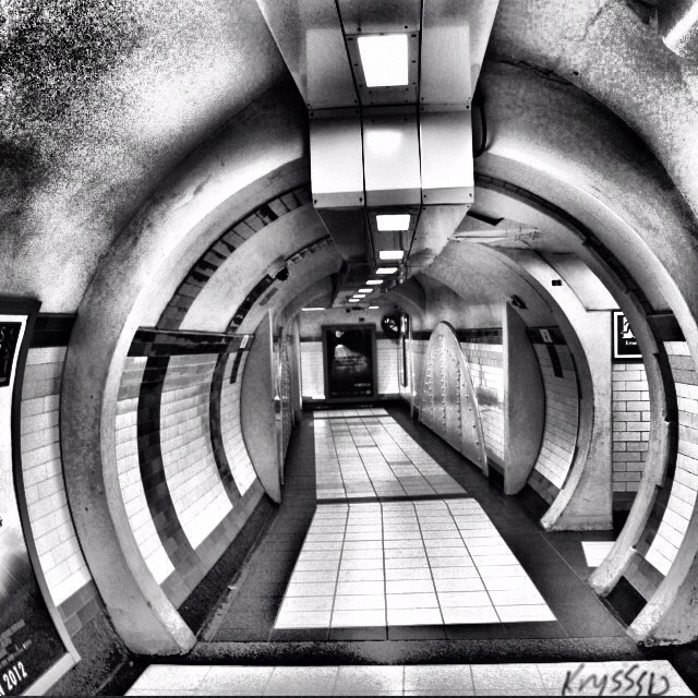 Covent garden tube station, London, England. #london #photography #blackandwhite #blackandwhitephotography