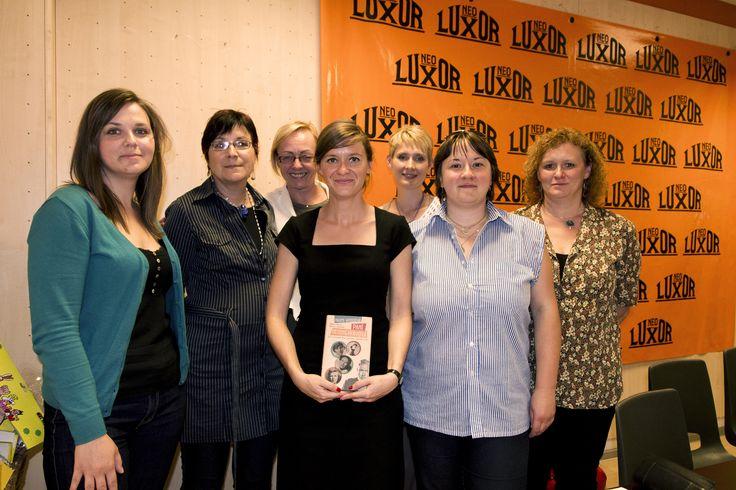 Společné foto s dámami z nakladatelství Metafora