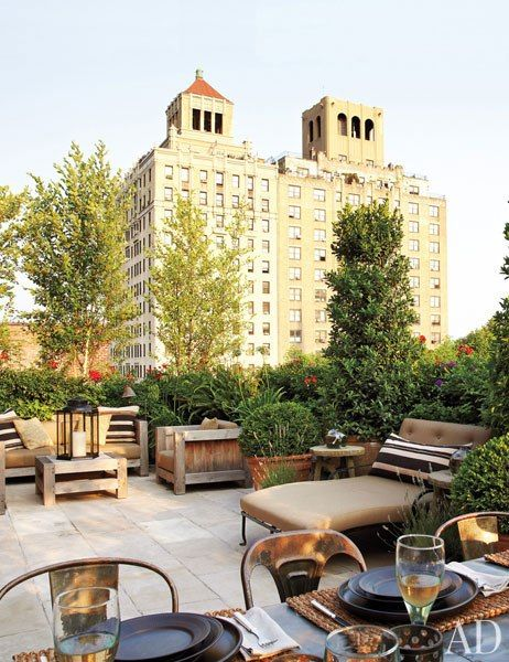 Alfredo Paredes and Brad Goldfarb's New York City terrace