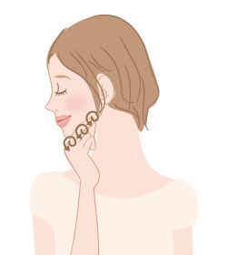 """美人の条件である""""輪郭の美しさ""""。小顔に憧れている女性はとても多いですよね。憧れの小顔をセルフマッサージで手に入れちゃいましょう。"""