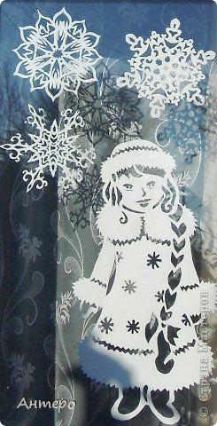 Поделка изделие Новый год Вырезание новогодние окошки 2013 Бумага фото 6