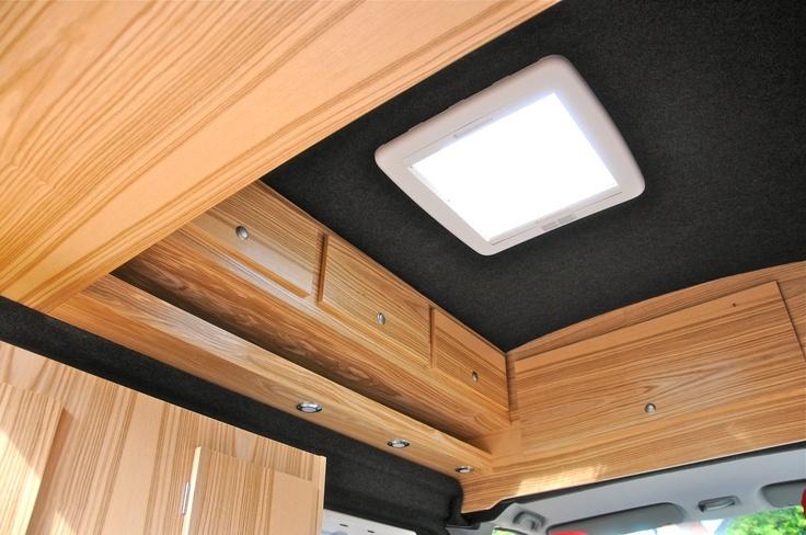 Met een prachtige luxe houtsoort lijkt het haast of je thuis bent.