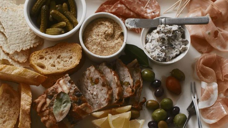 The easiest way to whip together a party spread? Learn how to put together a charcuterie tray featuring an array of cold cooked meats and cheeses./