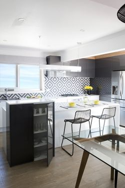 Beaumont Tiles splashback, stools
