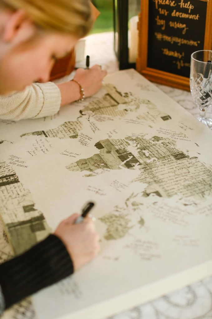 map guest book   Allee J.   Glamour & Grace