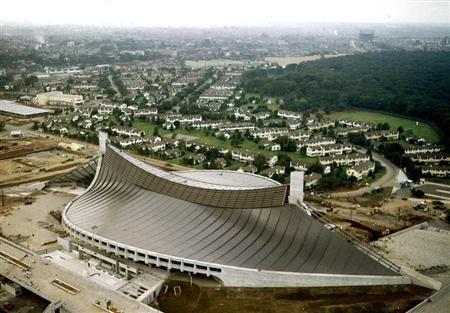 Yoyogi National Gymnasium ,TOKYO 1964 designed by Kenzo Tange 【探訪 あのころ~東京五輪半世紀】色あせない独創的デザイン 東京・代々木第一体育館