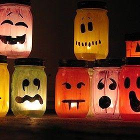 Idee déco Halloween Tuto Photophore / Halloween Painted Jar Luminaries