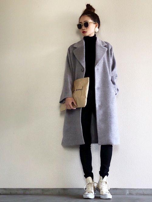 黒タートル×黒スキニー グレーカラーのシャギーコート コートはSTYLBAR@emmataylor