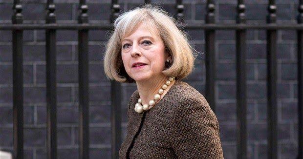Saat itu Theresa beralasan Naik dianggap membuat komentar yang mencerminkan sikap ia tak dapat diterima. Sikap itu termasuk mempublikasikan materi mengandung unsur provokasi tindakan teroris.