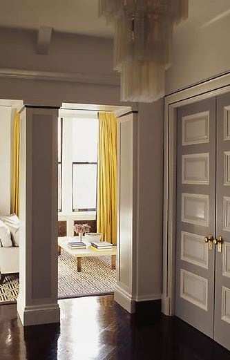 Love how these yellow curtains pop!