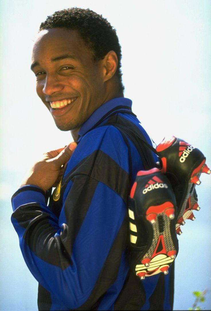 Paul Ince - West Ham United, Manchester United, Internazionale, Liverpool, Middlesbrough, Wolverhampton Wanderers, Swindon Town, Macclesfield Town, England.