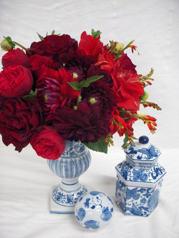 Chinoiserie monochromatic red floral arrangement wedding for Red white blue flower arrangements