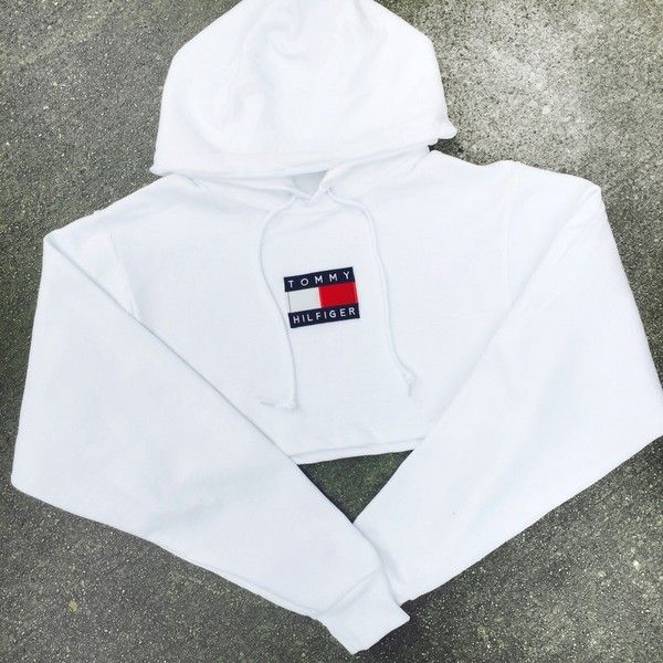 Reworked Tommy Flag Crop Hoody White (855 MXN) ❤ liked on Polyvore featuring tops, cropped tops, white crop top, cut-out crop tops and white top