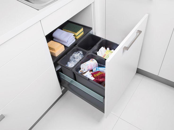 Spülenunterschrank mit Auszugs-Abfallsystem