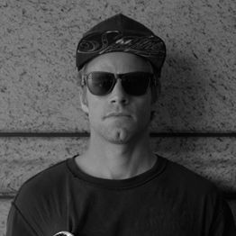 Anthony Van Engelen. ANTHONY VAN ENGELEN ANTHONY VAN ENGELEN (OR AVE, AS HE'S AFFECTIONATELY KNOWN) HAS BEEN KILLING IT AT THE PRO LEVEL EVER SINCE GOING PRO IN 1999 AT THE AGE OF 21 FOR ALIEN WORKSHOP.