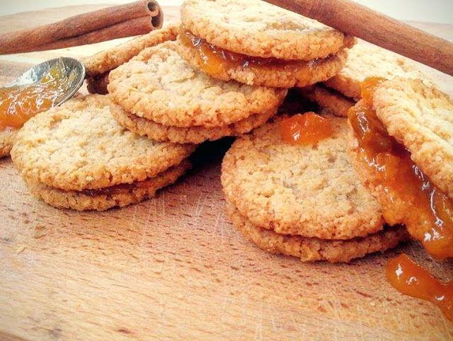 Eva In Tasteland: Μπισκότα Βρώμης με μέλι και ταχίνι πανεύκολα!