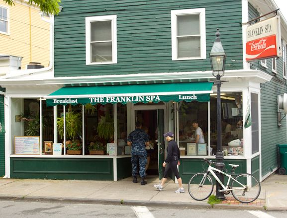 A Fall City Guide to Newport, Rhode Island BEST BREAKFAST PLACE IN #Newport  Franklin Spa