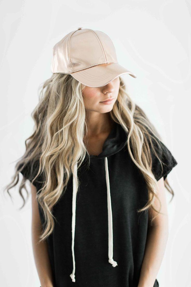 rose gold hat, rosegold baseball cap, baseball cap, varsity stripe shirt, blonde hair, wavy hair, fashion, style, fall fashion
