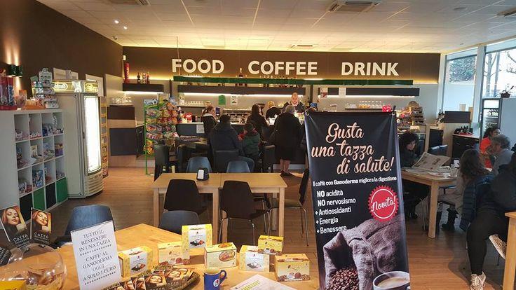 Tutte le richieste vanno soddisfatte!!! Con grande entusiasmo del titolare del bar,oggi abbiamo esaudito la sua richiesta di averci come promotori nel suo locale. Il nostro caffè ha ottenuto risultati inaspettati, avendo un enorme successo.Le persone sono affascinate dall'aroma del caffè DXN.