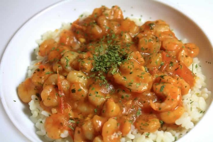 Crevettes folles facile au cookeo. Voici une recette des crevettes folles, ce plat est accompagné avec du riz et de concentré de tomate. Une recette facile