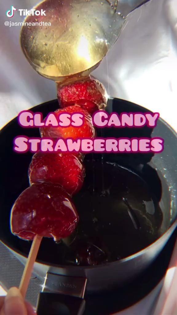 Candy Strawberries Video Food Videos Desserts Diy Food Recipes Yummy Food Dessert