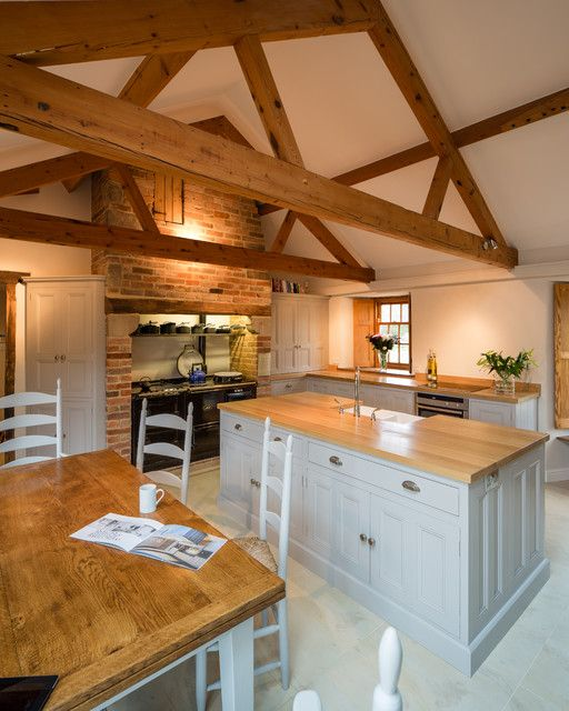 Large Farmhouse L-shaped Eat-in Kitchen In East Midlands