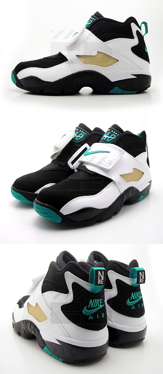 Nike Air Diamond Turf – Black – Deep Emerald – White – Metallic Gold