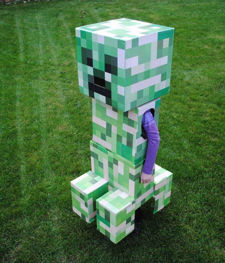 The Ultimate Creeper If you have some serious crafting skills (and, of course, time), then this DIY costume is a must for your little Minecraft fan.